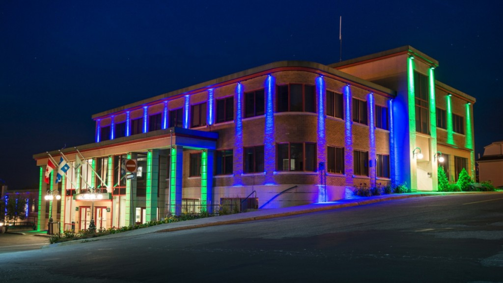 rouyn-noranda city hall 1